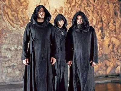 Picture of Sunn O)))
