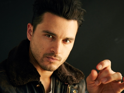 Picture of Michael Malarkey